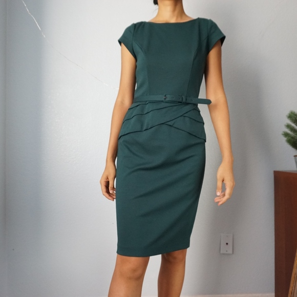 18545cb7 Jones Studio Dresses & Skirts - Dark Green Cap Sleeve Knee Length Dress  Size 4